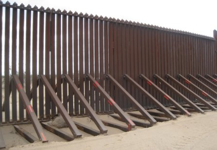 USA Mexica Border Fence