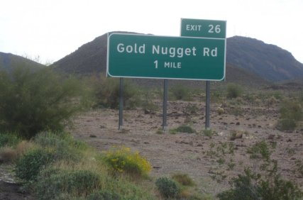 Golden Nugget Road